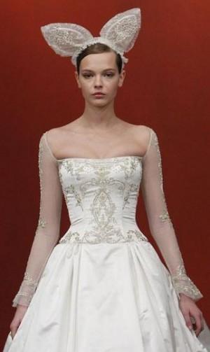 Интересные головные уборы невест